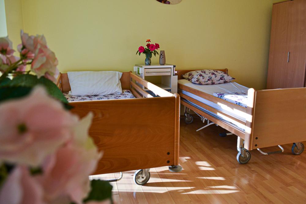 servicii de cazare și îngrijire bătrâni Timișoara
